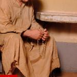 costume monaco medievale