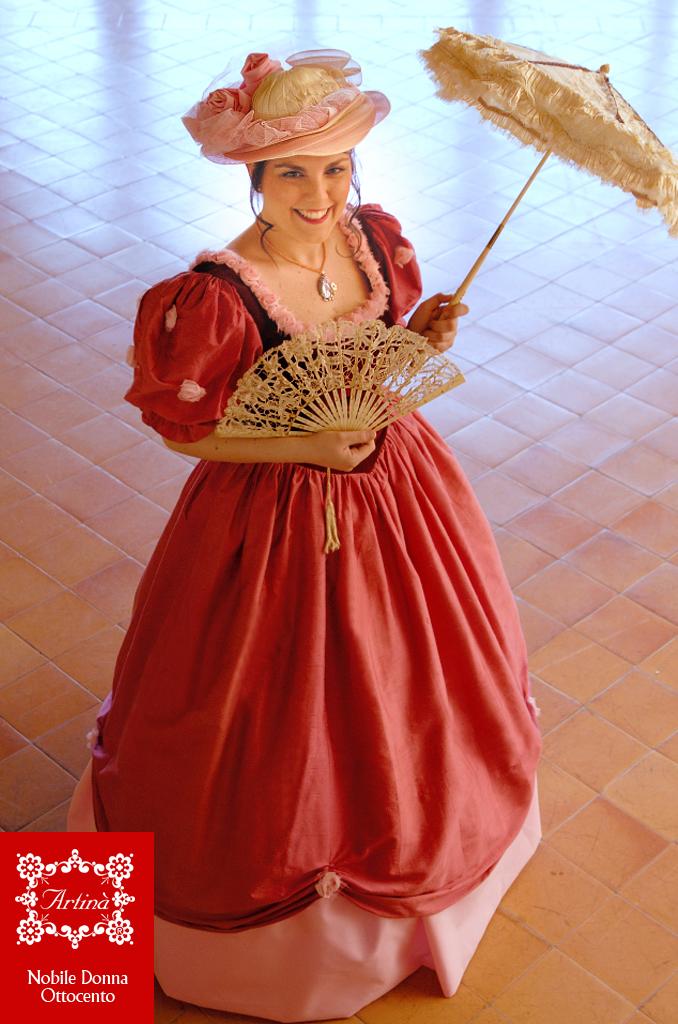 Risultati immagini per costume da donna protagonista di opere liriche