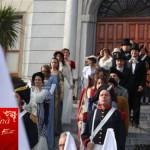sfilata partecipanti gruppo nobili