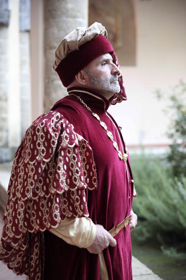 costumi-medievali-cheronte)