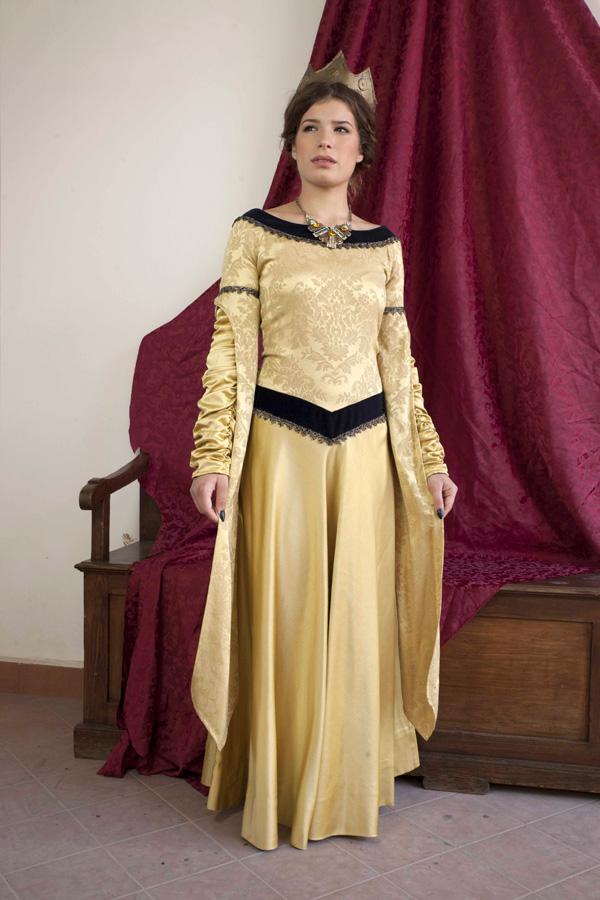 regina-medievale-carola