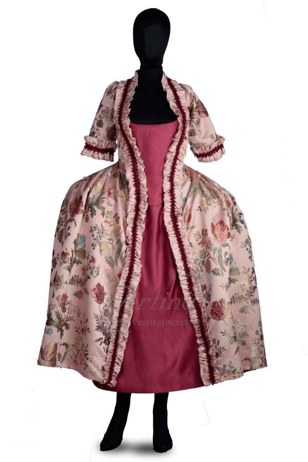 abito-fantasia-floreale-con-sottoveste-rossa-manichino